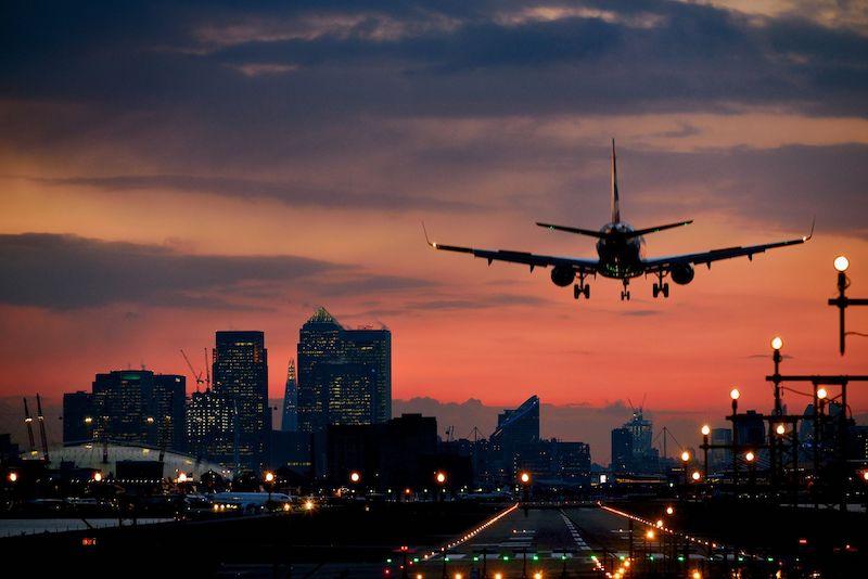 Avião pousando em Chicago
