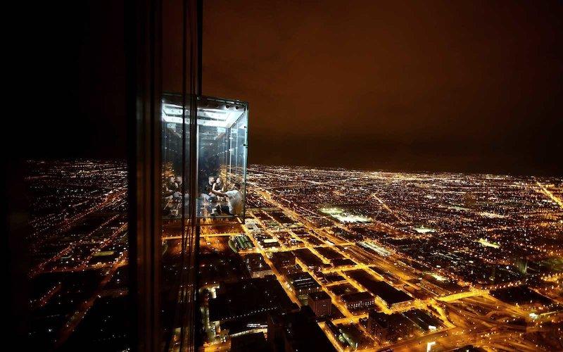 Skydeck Chicago à noite