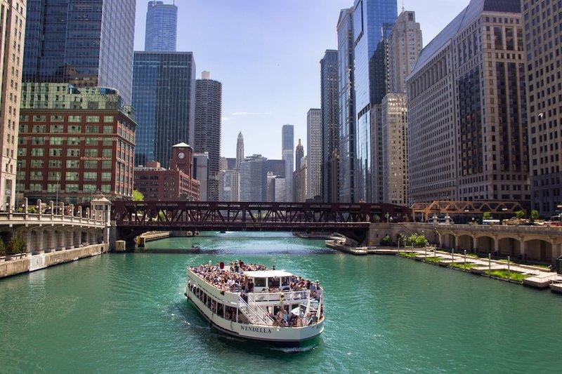 Passeio de barco no Chicago River