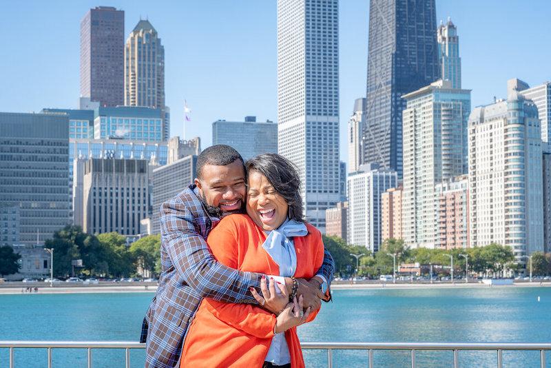Casal no Navy Pier em Chicago