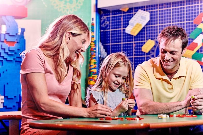 Família no Legoland Discovery Center em Chicago