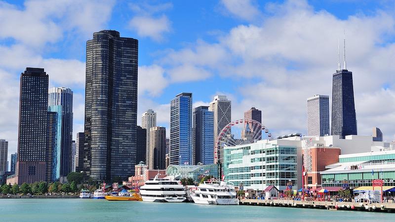 Navy Pier no bairro Streeterville em Chicago