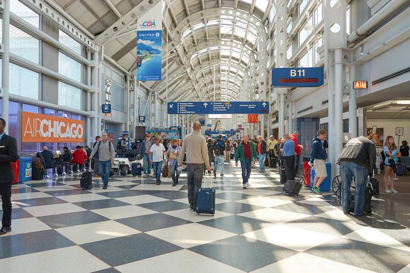 Interior do aeroporto de Chicago