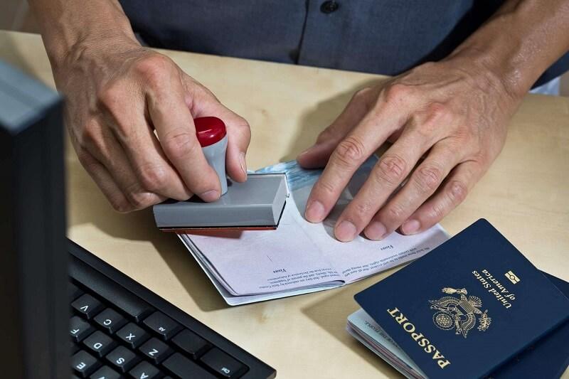 Assistência para vistos americanos
