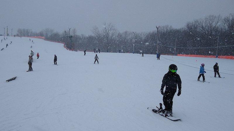 Onde esquiar em Chicago: Four Lakes Alpine Snowsports em Lisle