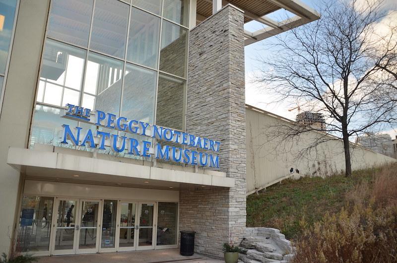 Fachada do Peggy Notebaert Nature Museum em Chicago