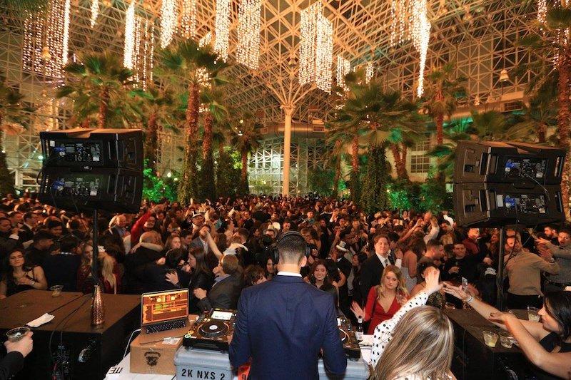 Ano Novo em Chicago: Crystal Gardens New Year's Eve