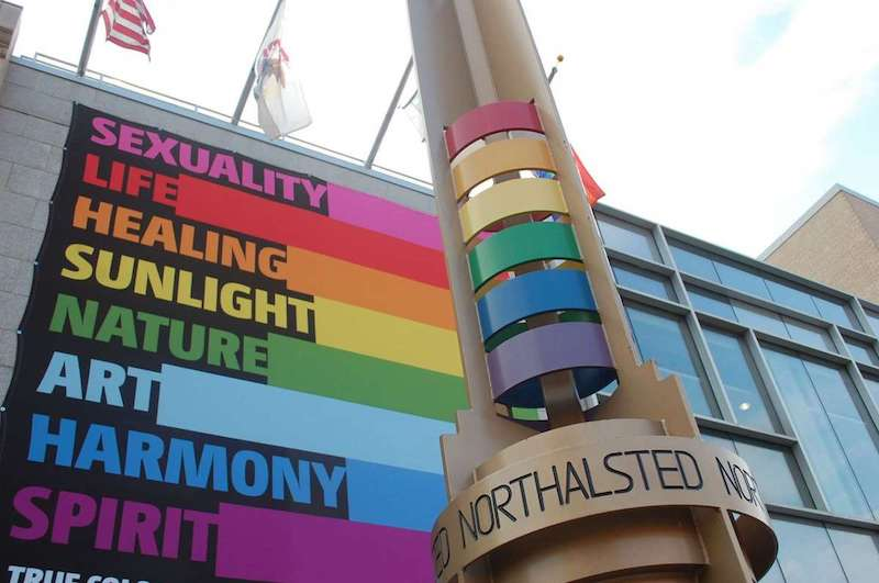 Lugares LGBTI em Chicago: Letreiro na Legacy Walk em Boystown