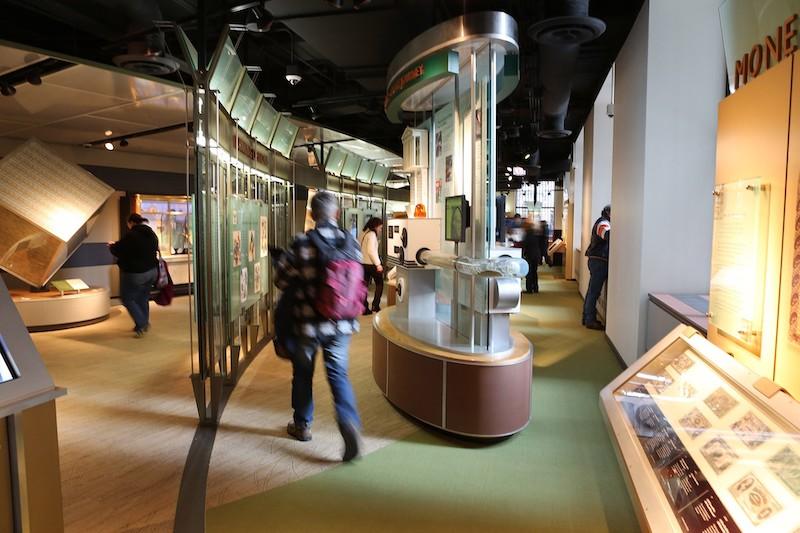 Visitantes no Money Museum em Chicago