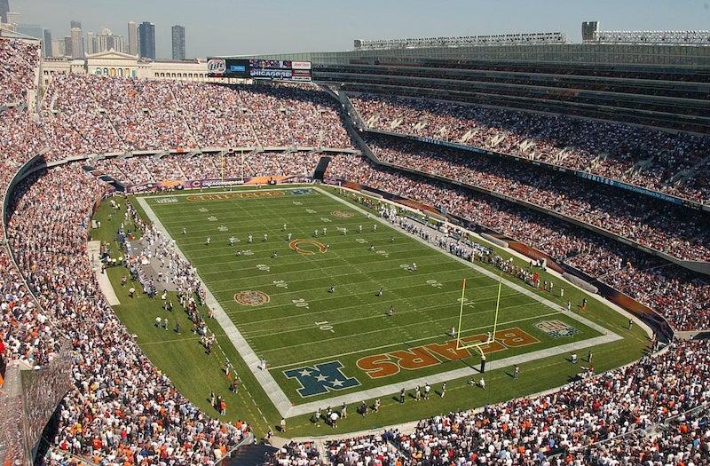 Estádio Soldier Field lotado em Chicago