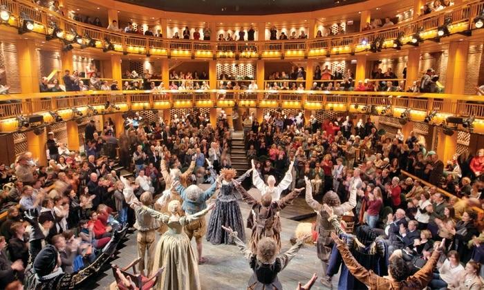 Apresentação teatral no Chicago Shakespeare Theater