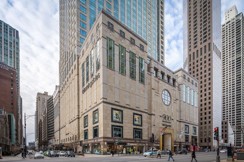 Fachada do 900 North Michigan Shops em Chicago