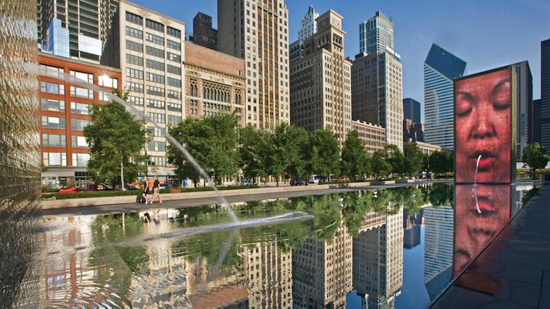 Crown Fountain no Millennium Park em Chicago