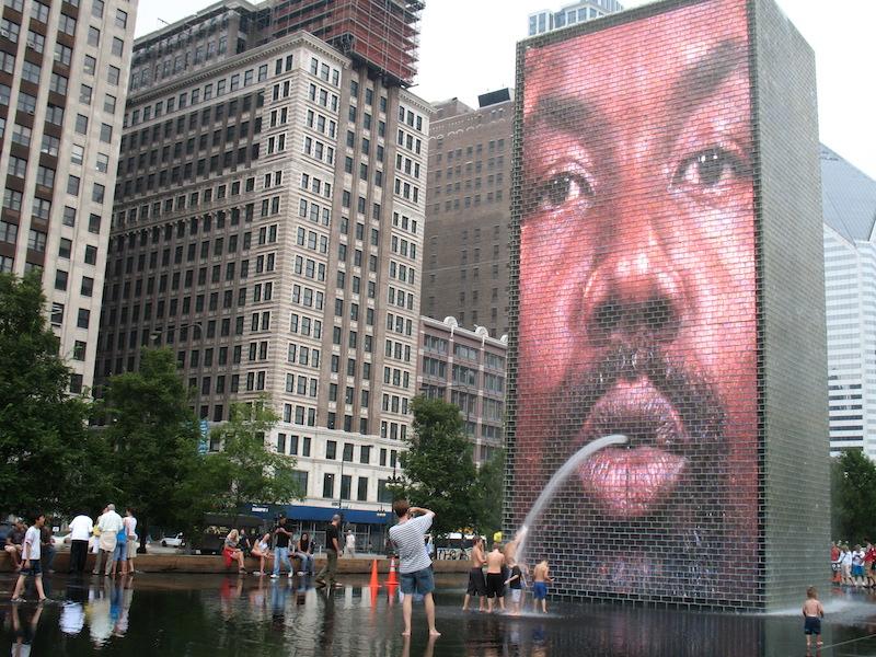 Tela de projeção da Crown Fountain em Chicago