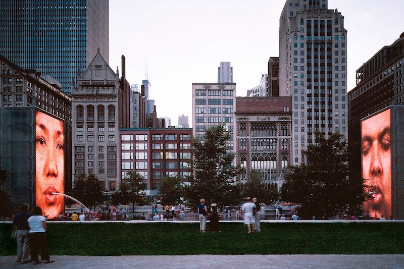 Vista da Crown Fountain em Chicago