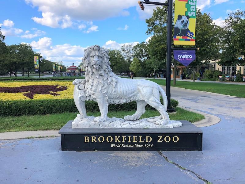 Estátua no Zoológico Brookfield perto de Chicago