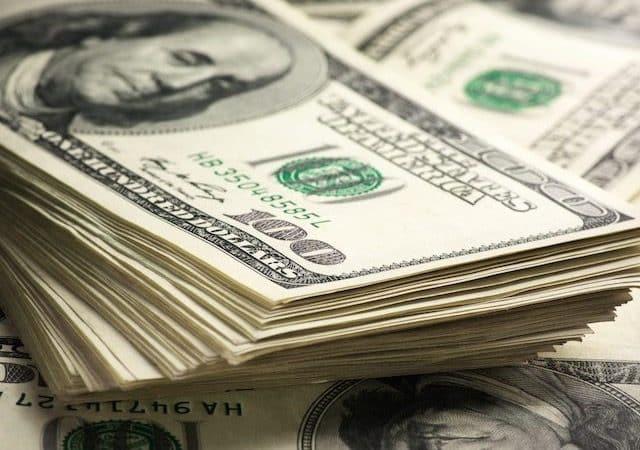 Onde comprar dólares mais baratos em Chicago