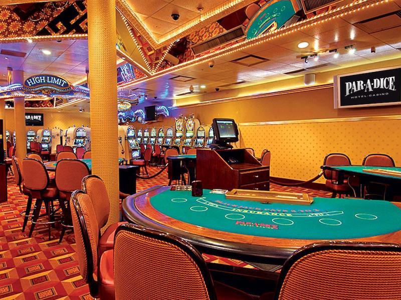 Interior do Par-A-Dice Hotel Casino em East Peoria